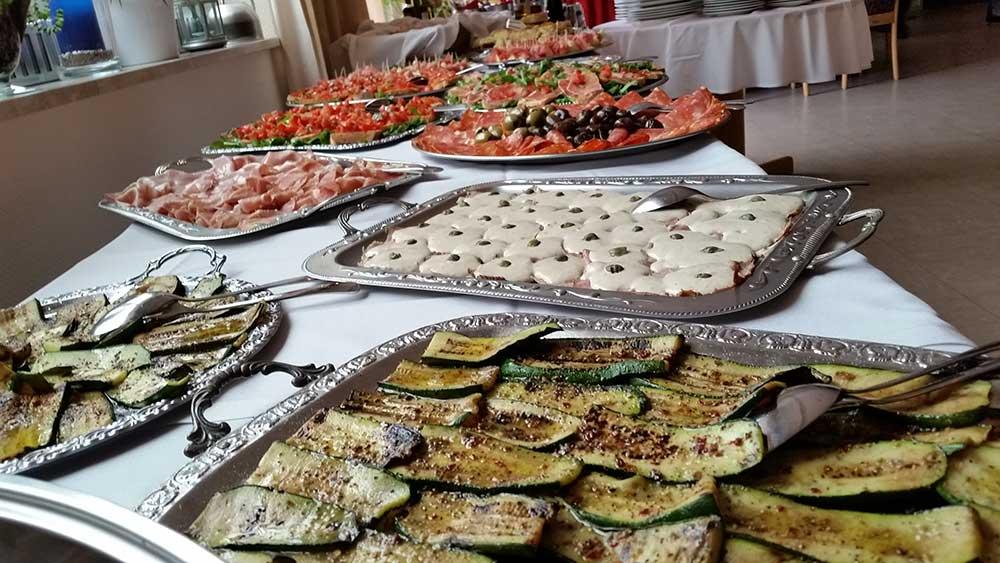 Familienfeiern | italienisches Buffet